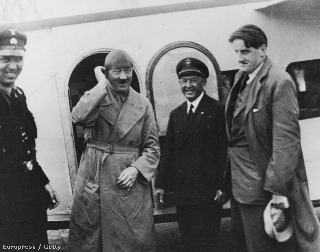Hitler repülős kampánykörútjával 25 városban szónokolt a választás előtt