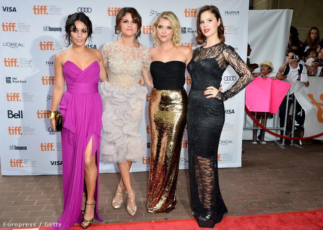 Vanessa Hudgens, Selena Gomez, Ashley Benson és Rachel Korine