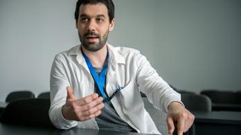 Már folyik a tesztelés, nemsokára jöhet a magyar fejlesztésű orrspray koronavírus ellen