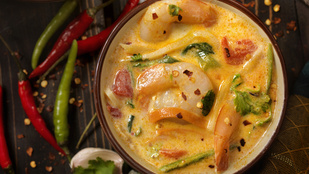Még egy tipp izgalmas levesekre: kókuszos, ázsiai rizsleves