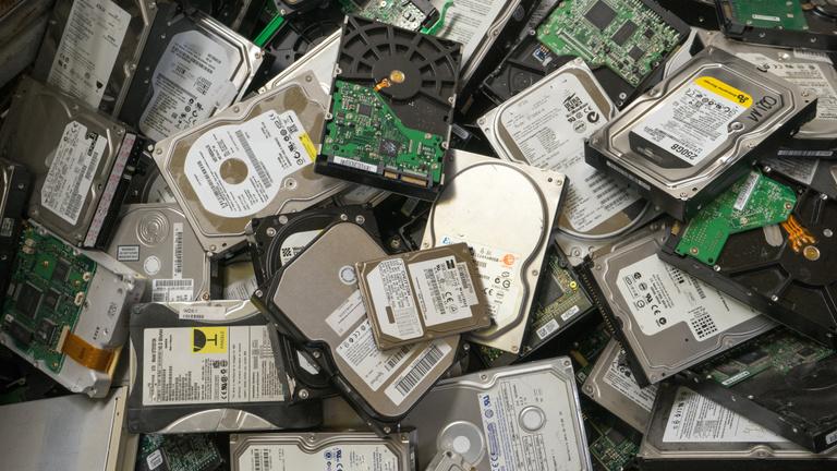 Drágul és hiánycikk lett a merevlemez a zöldebb kriptovaluta miatt