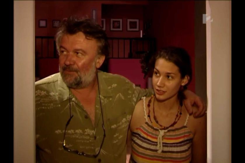 Csuja Imre és Csuja Fanni a Jóban Rosszban díszletében: a sorozatban az utóbbi 2011-ben szerepelt.