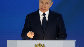 Vlagyimir Putyin mindenkinek kiveri a fogait, aki Oroszországból akar földet kiharapni