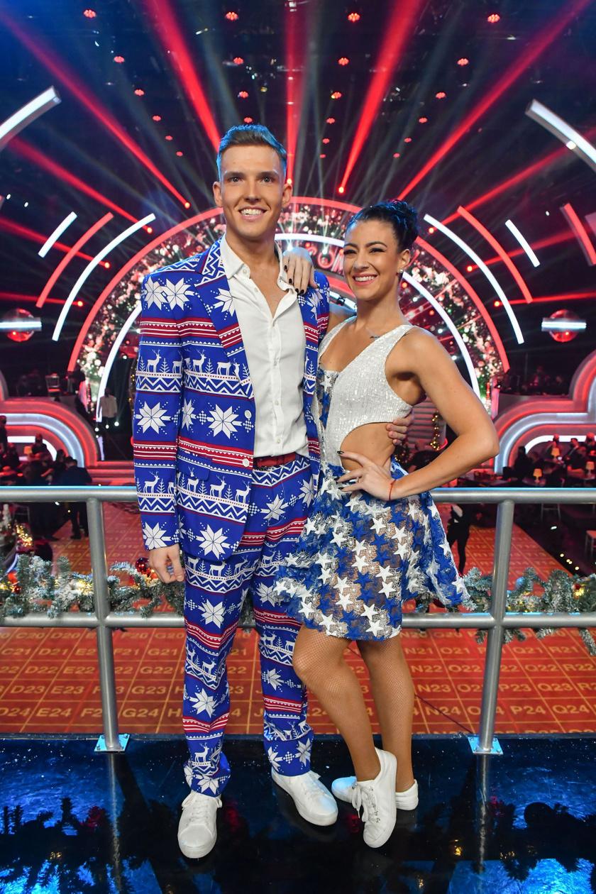Győrfi Dani profi partnerével a Dancing with the Stars elődöntőjében.
