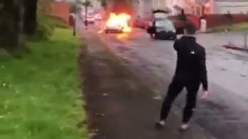 Tekézni kezdtek egy autóval a káoszba torkolló walesi megemlékezésen