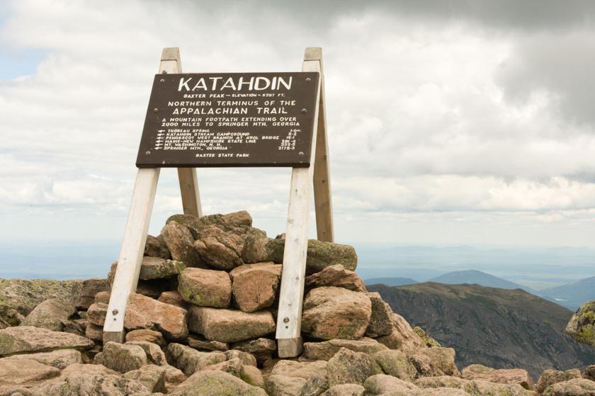 Az Appalache-ösvény északi vége, Katahdin-hegy, Maine.