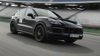 Durván sportos Porsche Cayenne változat érkezik