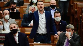Ficsúrozásért tízmillió: Jakab Péter vezeti a parlamenti bírságlistát