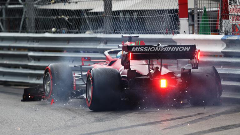Leclerc balesete pole pozíciót hozott a Ferrarinak