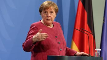 Merkel elítéli a Németországban zajló fajgyűlöletet