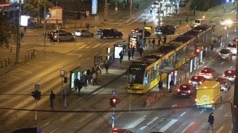Pótlóbuszra kell készülni a 4-es és a 6-os vonalán