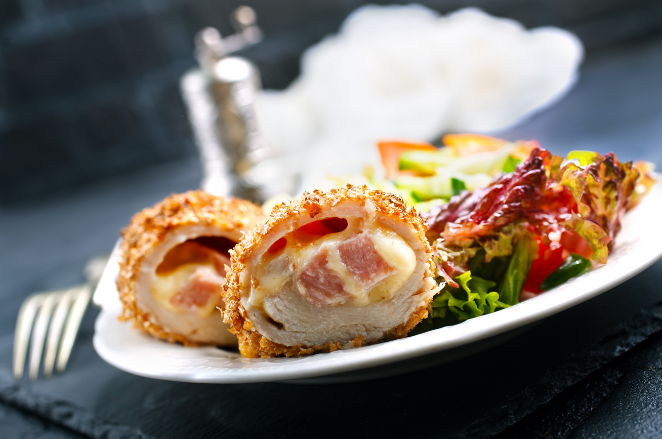 baconnel-toltott-rantott-karaj