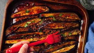 Könnyű, vega egytálétel – szójaszószos grillezett padlizsán sült rizzsel