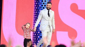 Drake lett az Évtized művésze a Billboard Music Awards gáláján