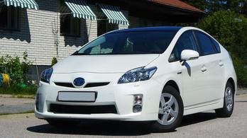 Tényleg elpusztíthatatlan? Toyota Prius 3 átvizsgálás