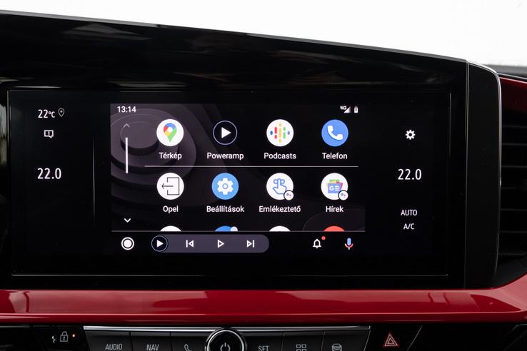 A menekülőút: Android Auto. De van Car Play is