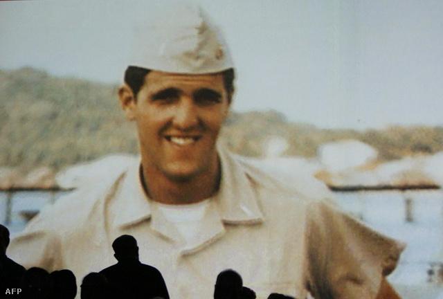 Vietnamban rohamcsónakosként szolgált