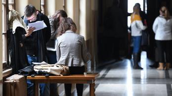 Külföldi diákok lepték el a magyar felsőoktatást
