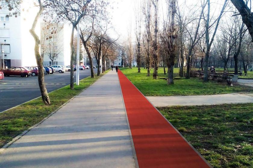 Budapest X. kerületében, Kőbányán található a zöld területű Óhegy park, amely 1,4 kilométeres rekortánpályával várja a futás szerelemeseit. A közelben kültéri erősítőgépeket is lehet használni, valamint labdajátékokat játszani.