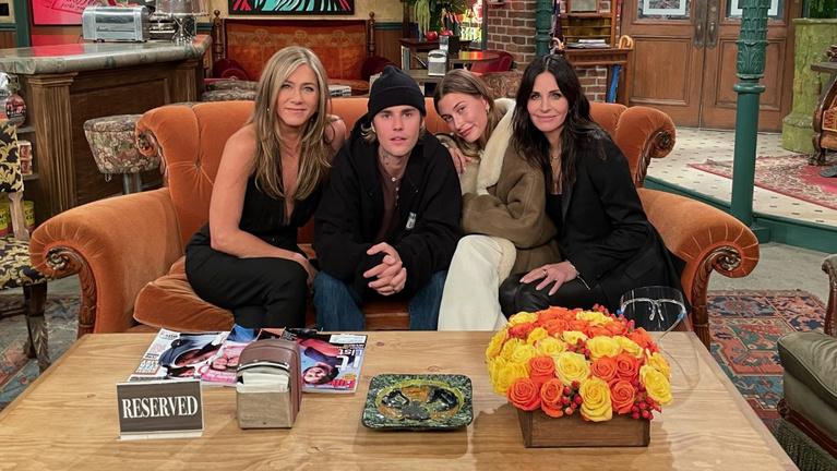 Justin Bieber, Lady Gaga és Reese Witherspoon is csatlakozott a Jóbarátok stábjához