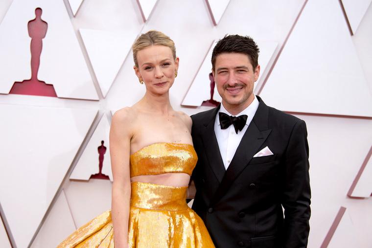 Carey Mulligan és férje, Marcus Mumford sokáig nem ismerte el, hogy bővül a család, pedig, a 2015-ös Tony Awards átadóján igencsak kerek hassal megjelenő színésznő minden kétséget eloszlatott a dologgal kapcsolatban