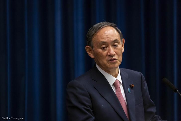 Szuga Yosihide japán miniszterelnök