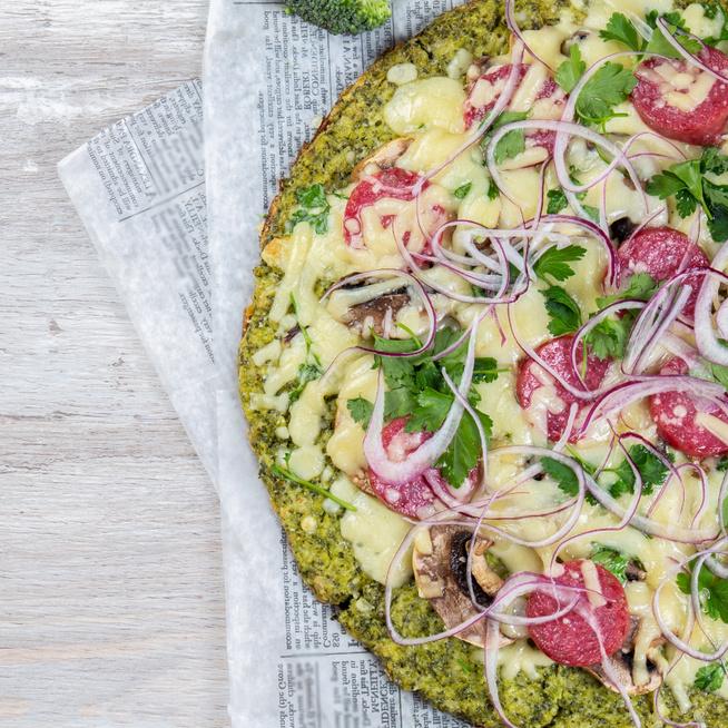 Lisztmentes pizza brokkoliból – Egészséges és szénhidrátszegény fogás