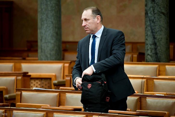 Boldog István a Parlamentben