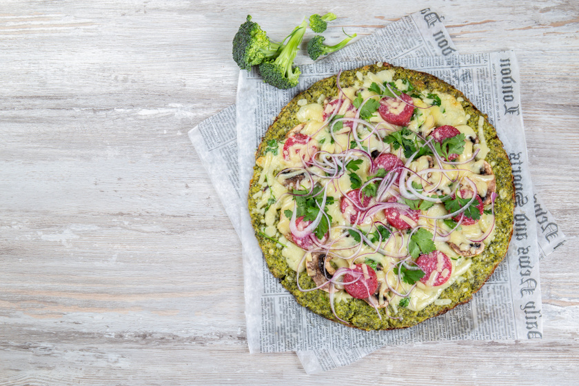 brokkoli pizza recept