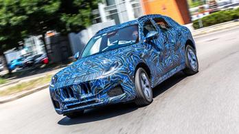Gyári képeken a Maserati Grecale
