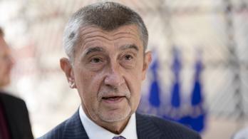 Vádemelést javasol a cseh rendőrség a kormányfő ellen