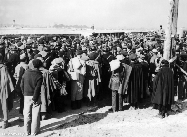 Katalán menekültek a francia határon 1939 februárjában