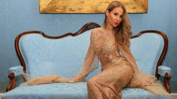 Magyar énekesnő énekli az új James Bond-dalt