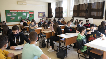 Kontaktkutatás nincs, fertőzés viszont van az iskolákban