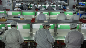 Izmosodik a kínai feldolgozóipar, de az infláció keresztbe tehet