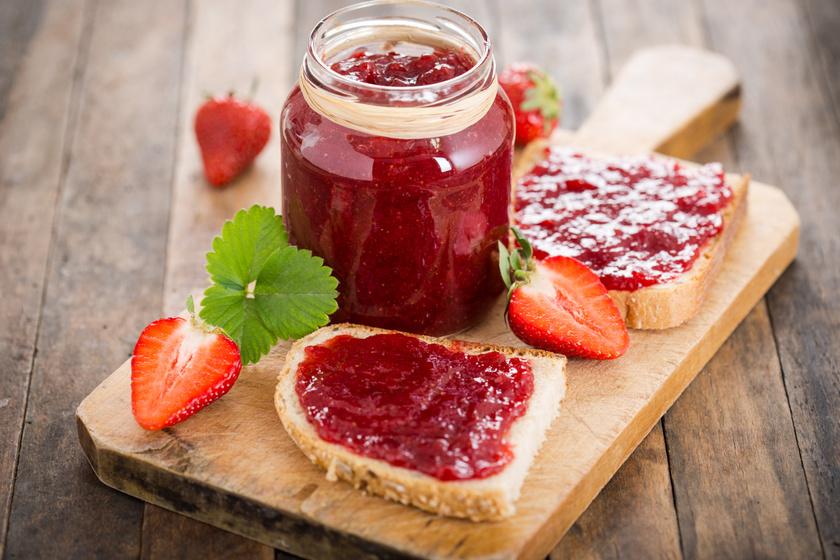 Isteni, házi eperlekvár: fűszerekkel és más gyümölcsökkel is lehet kombinálni