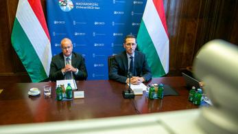 Varga Mihály: Magyarország által támogatott főtitkár vette át az OECD vezetését