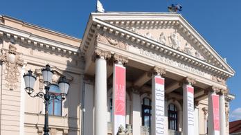 Magyar direktorok is kiállnak a nagyváradi színjátszás mellett