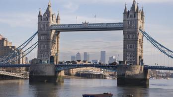 A hónap végéig kérhető a letelepedési státusz Nagy-Britanniában