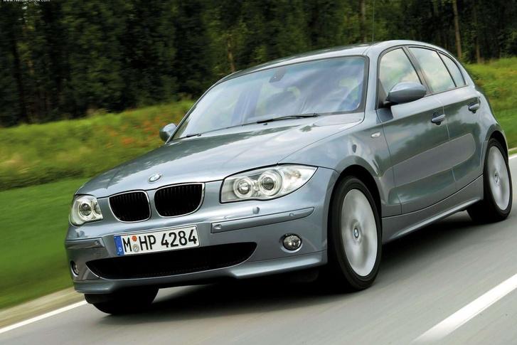 Maga a nagy Jeremy Clarkson állította az első generációs BMW 1-esről, hogy egyvalami BMW benne: az emblémája