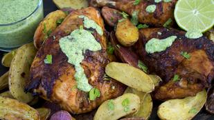 Ezért megéri egy grillezést összehozni – perui csirke zöld szósszal