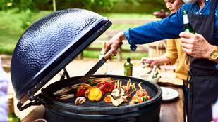 Milyen húsból, milyen szénen, milyen eszközzel? Grillezési tippek a legjobbaktól