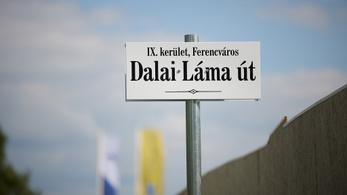 A román és ukrán kisebbségi jogsértéseknél fontosabb a kínai?