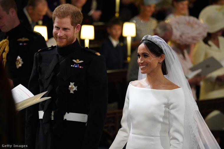 Esküvő előtt a királynő dönt arról, melyik családi tiarát viselheti a menyasszony a nagy napon