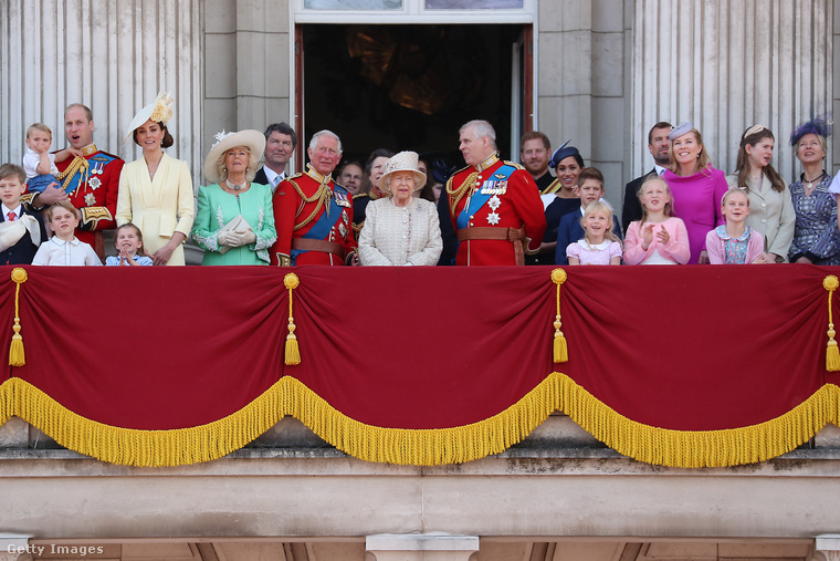 Bár sokan vágynak a fényűző életükre, egyáltalán nem könnyű a brit királyi család tagjának lenni