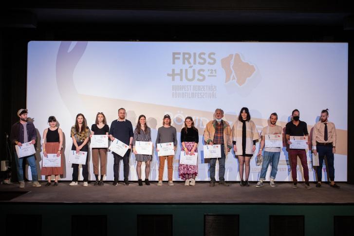 Friss Hus 2021 dijatado csoportkep-7420