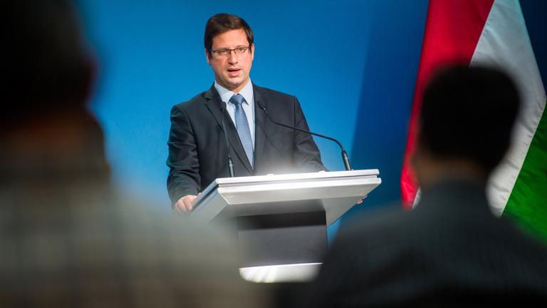 Gulyás Gergely: Júliustól minden magyar védettségi igazolvány meg fog felelni az uniós kritériumoknak