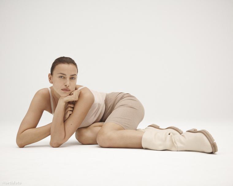A képeken egyébként a lábbeliket kell nézni: Tamara Mellon egy cipőtervező ugyanis, a Jimmy Choo nevű márka társalapítójaként lett híres ő az ezredforduló környékén, saját neve alatt 2016 óta tervez.