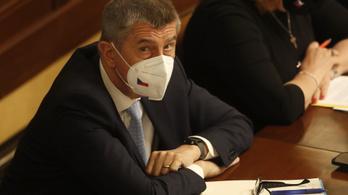 Bizalmatlansági indítványt nyújtottak be a cseh kormány ellen