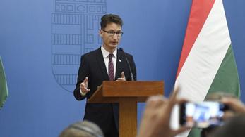 Cser-Palkovics András bejelentette: nem indul 2022-ben